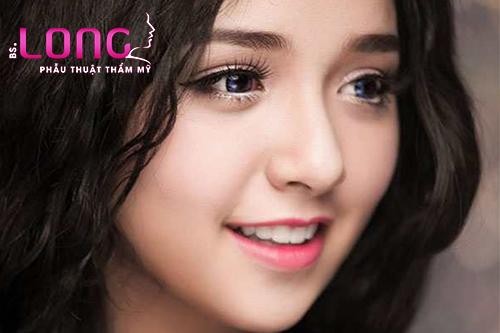 nhan-mat-2-mi-dep-khong-sung-bam